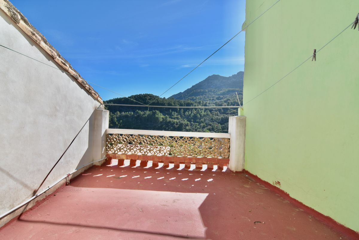 Townhouse for sale in   Vall de Laguar